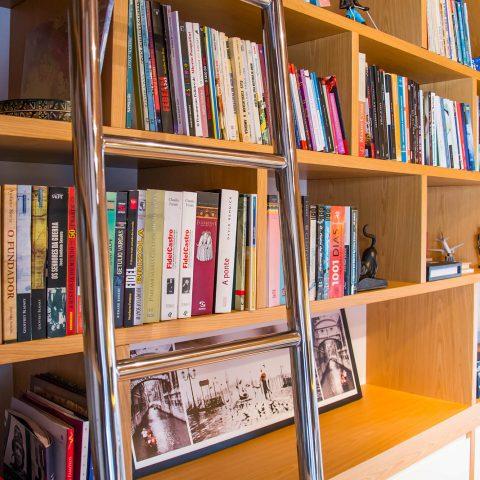 Biblioteca do sótão